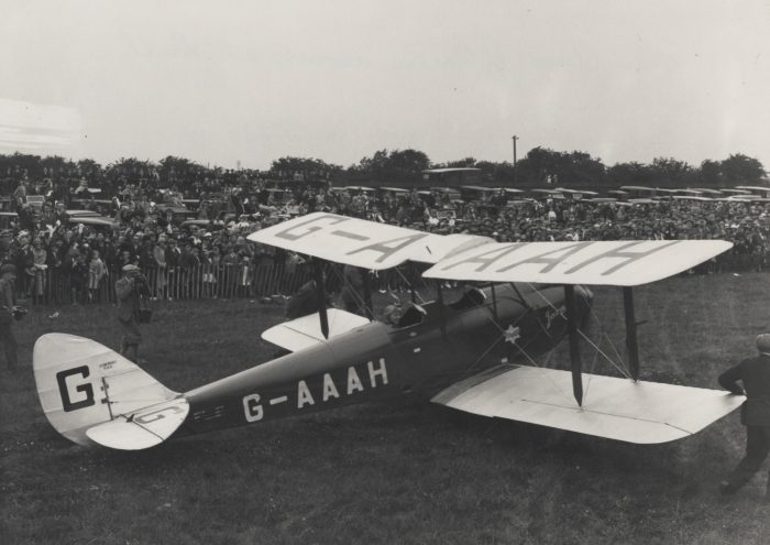 NAEST 92 07 02 17 Amy Johnson in Plane Arriving at Hull